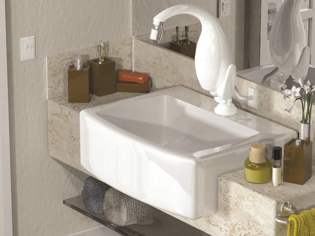 melhor torneira elétrica na pia do banheiro