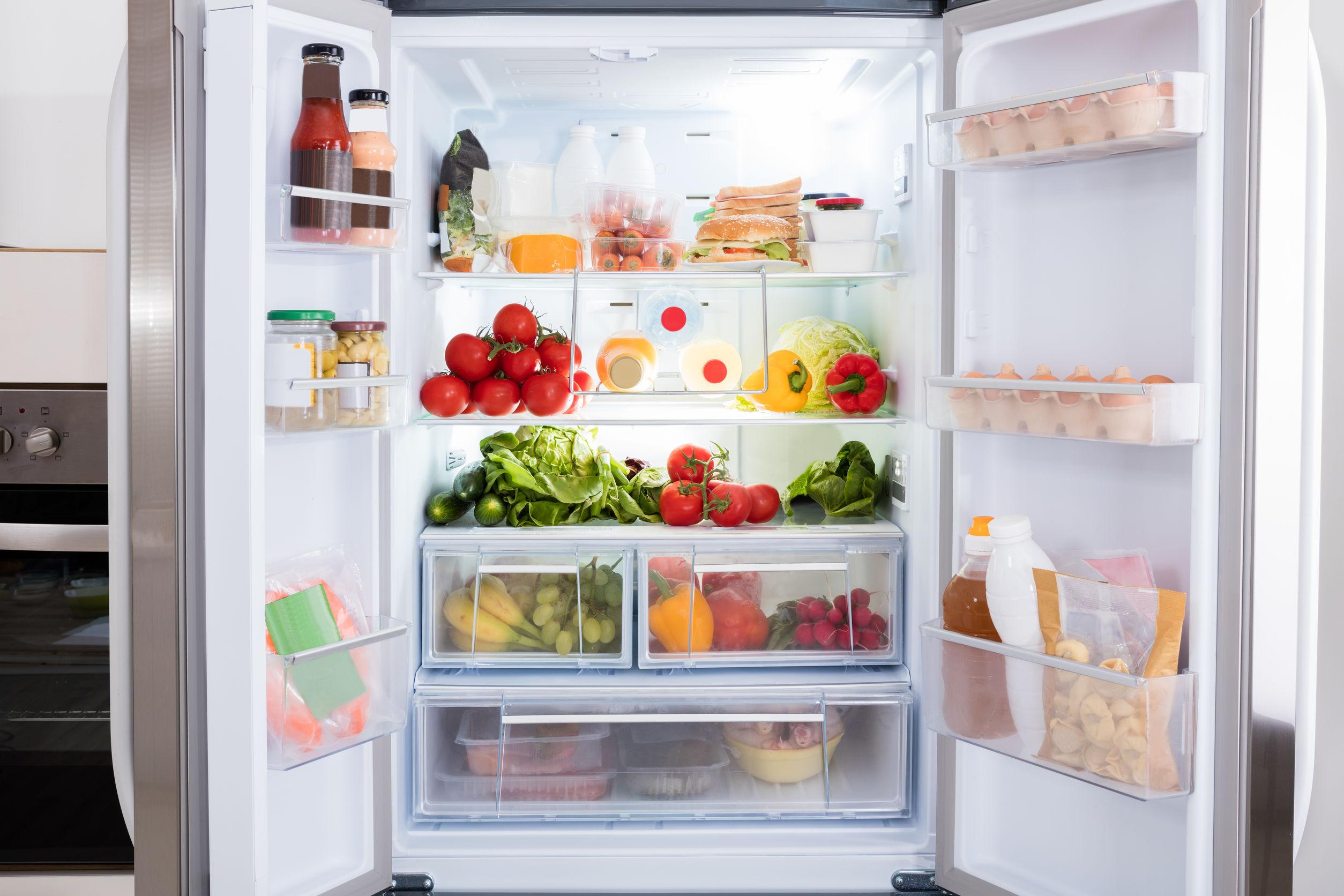Para saber qual a melhor geladeira inverse Brastemp ou Panasonic compare suas necessidades com as funcionalidades de cada modelo.