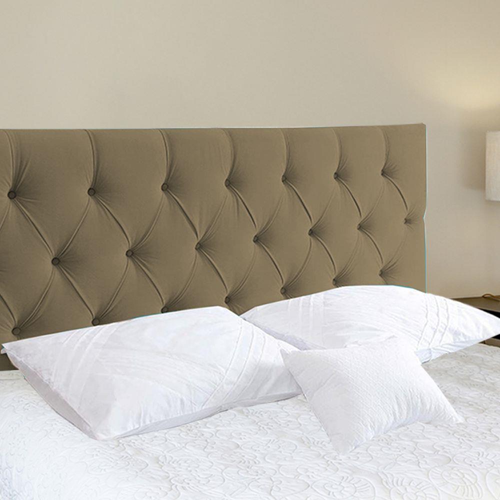 Uma cabeceira de cama tem muitas vantagens.