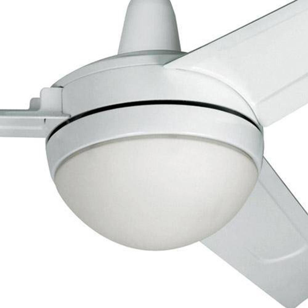 O ventilador de teto Arno Alivio é bom porque a fabricante é bastante renomada.
