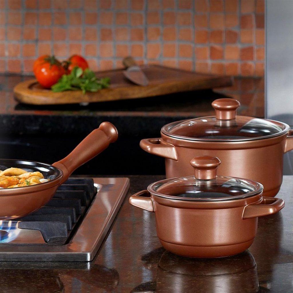 Panela de Cerâmica Ceraflame é boa porque oferece inúmeras vantagens na cozinha e na saúde.