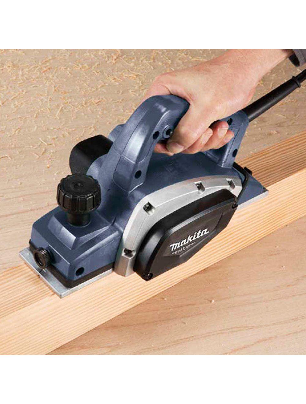 Para escolher a melhor plaina elétrica é preciso conhecer bem a ferramenta.