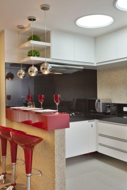Cozinha Corredor Estreita 60 Projetos Fotos E Ideias Or Amento  ~ Ideias Para Reforma De Cozinha