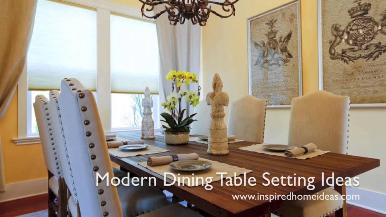 mesa de jantar próxima a janela