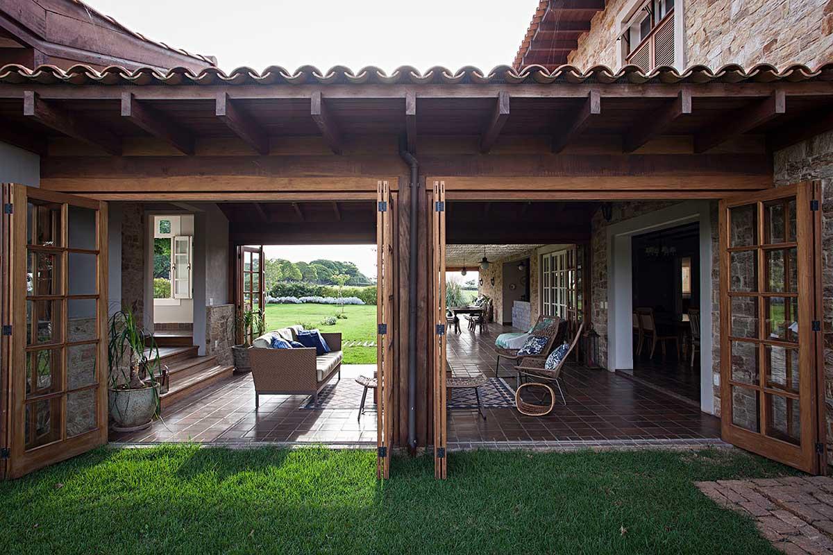 Casas r sticas modernas simples de campo da ro a for Decorar su casa de campo