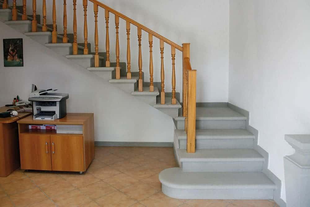 Resultado de imagem para Escada em L em concreto