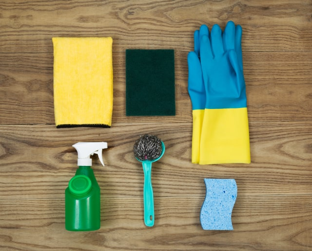 Materiais para limpar a caixa de gordura