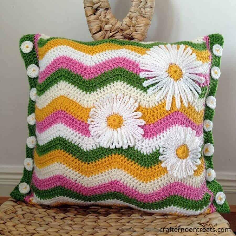 Como fazer flor de crochê: almofada