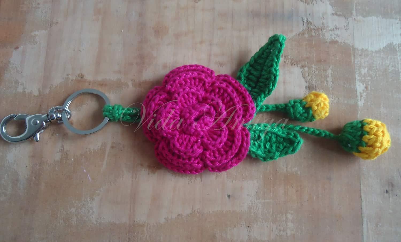 como fazer flor de crochê: chaveiros