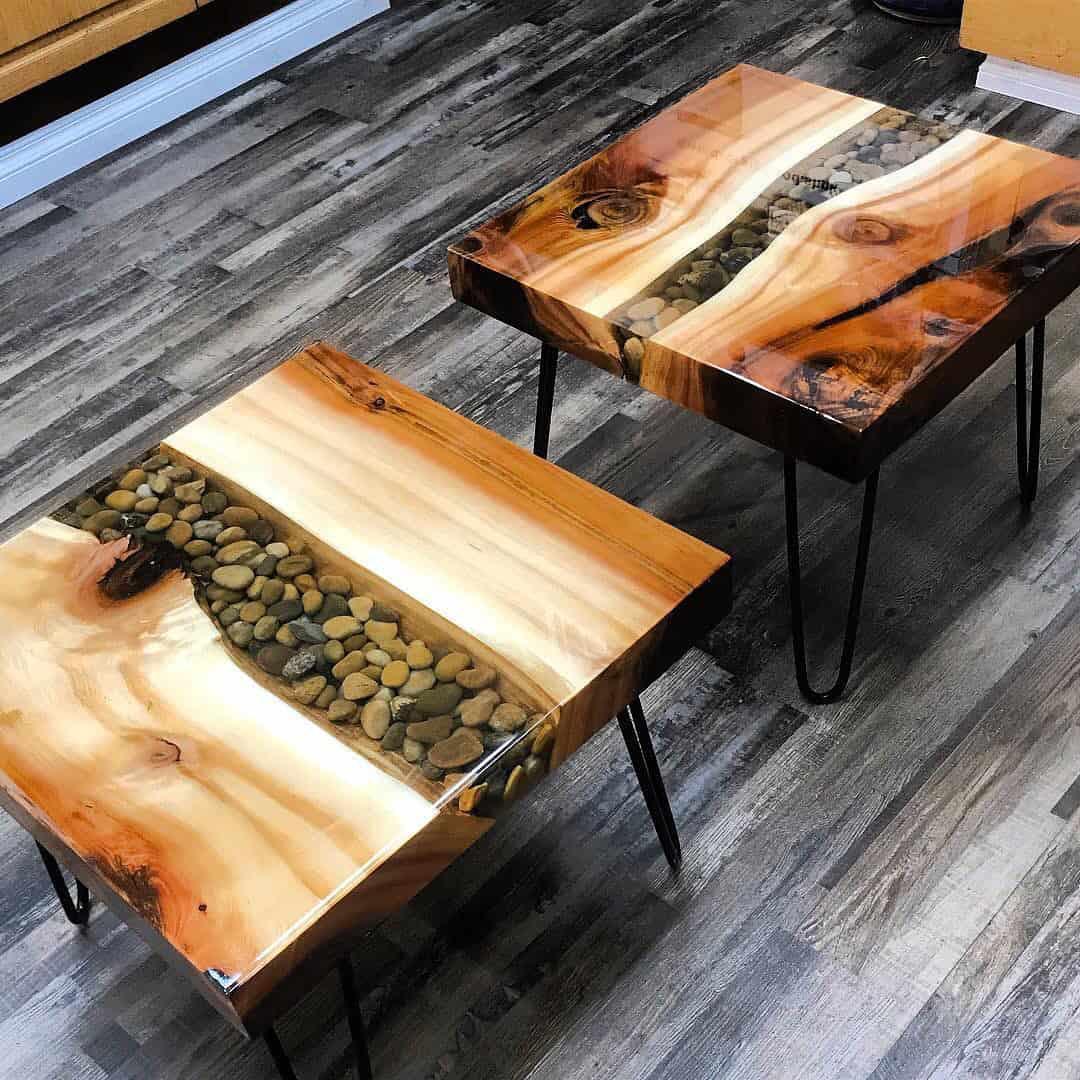 Você pode utilizar o que aprendeu no curso de mesas resinadas nos móveis que quiser e da forma que a sua criatividade permitir.
