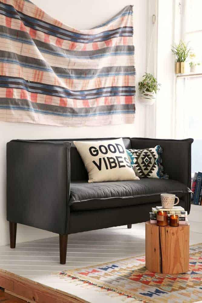 Sofá com tecido aconchegante