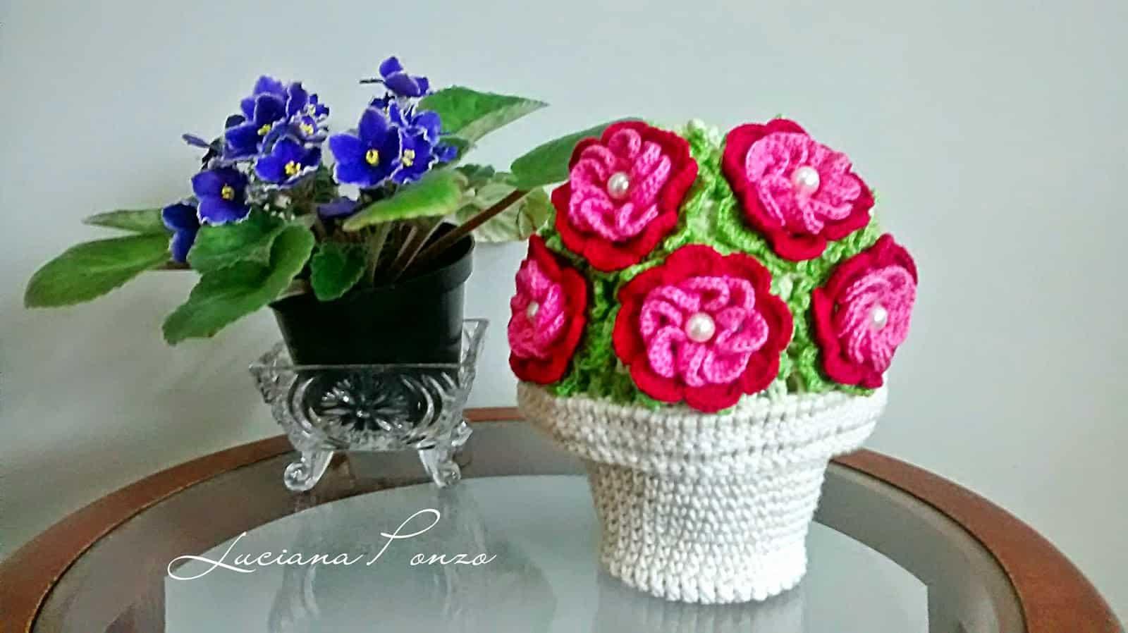 Como fazer flor de crochê: vasos de flores