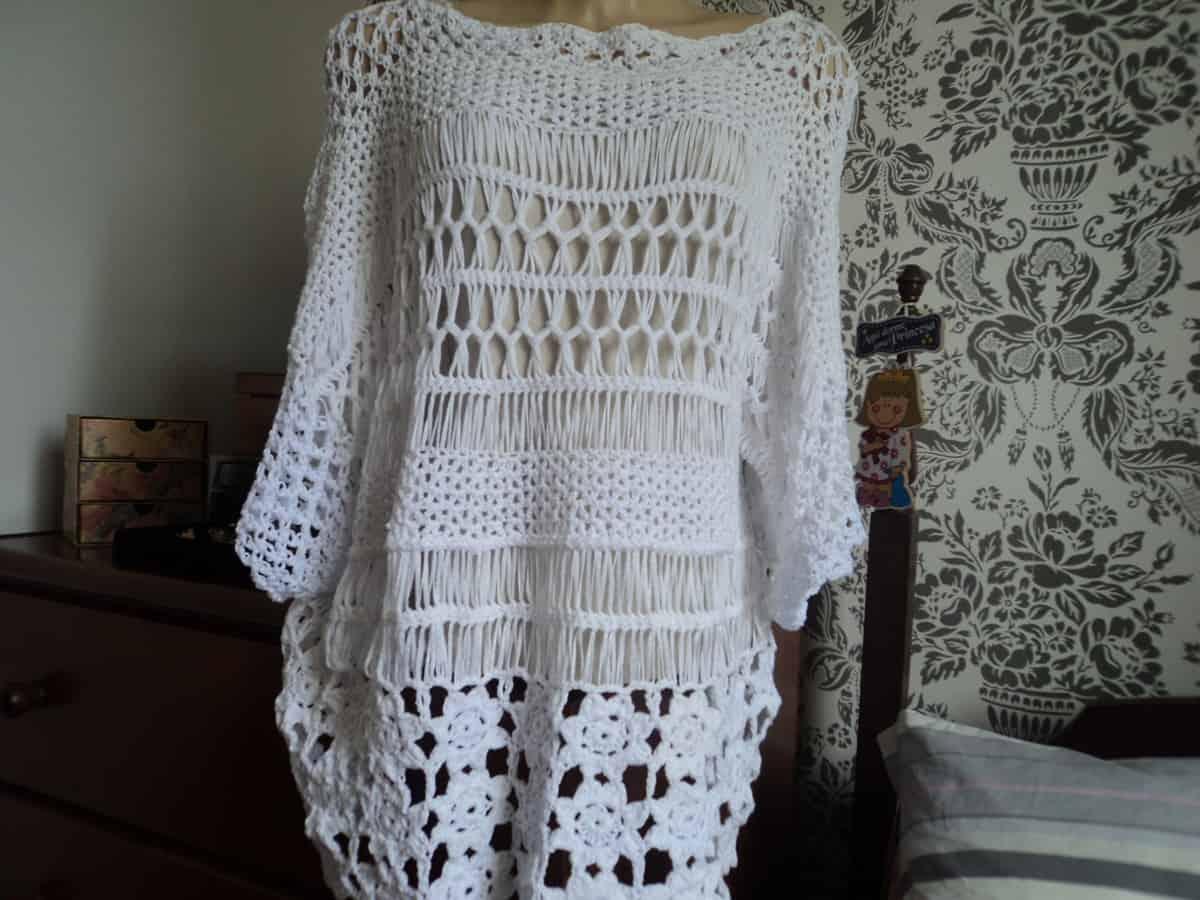 Aprender como fazer blusa de crochê em ponto de grampo pode ajudar a variar nos designs.