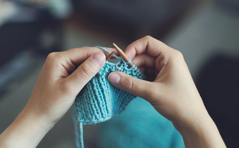 Aprender como fazer bolsa de crochê pode ser bastante lucrativo.