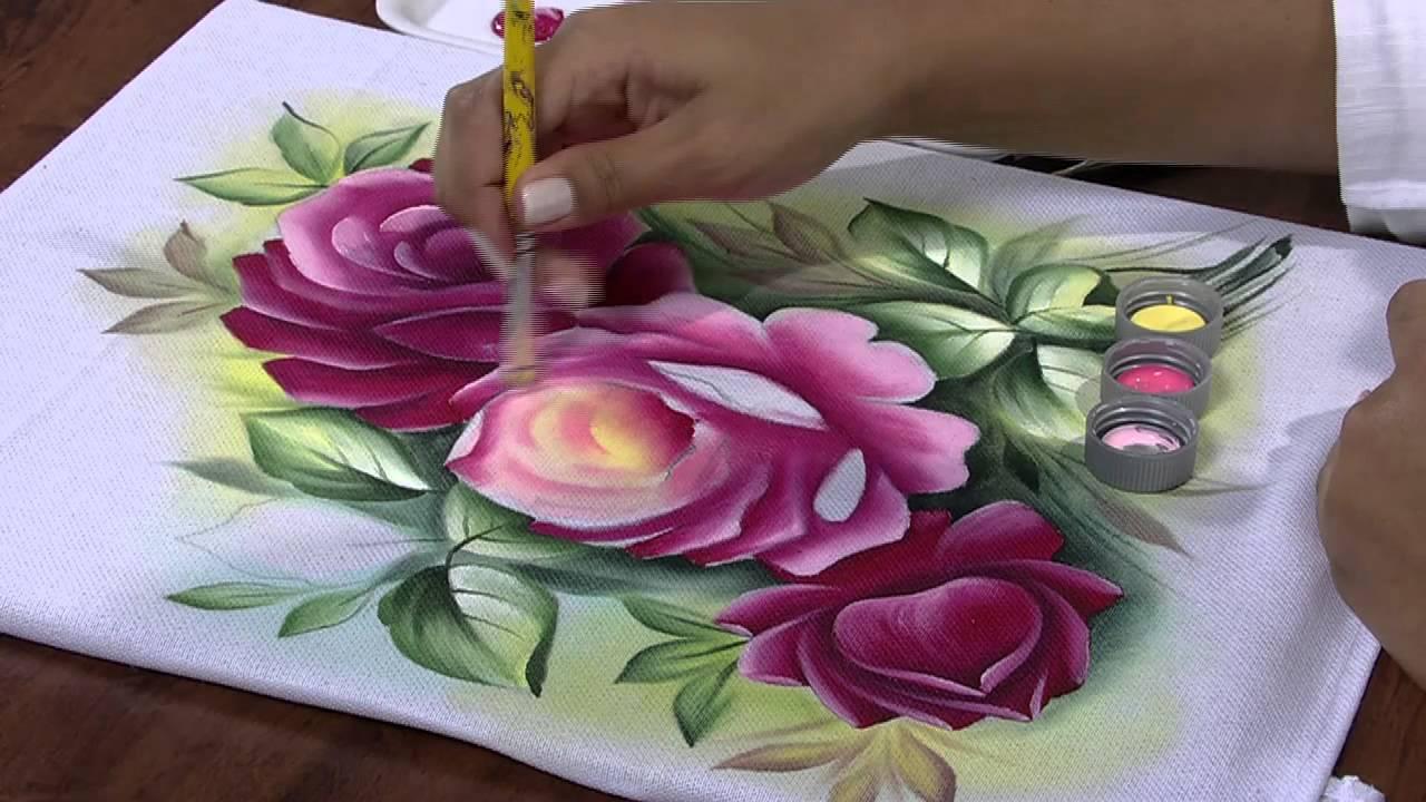 Existem muitas técnicas para aprender pintura em tecido.