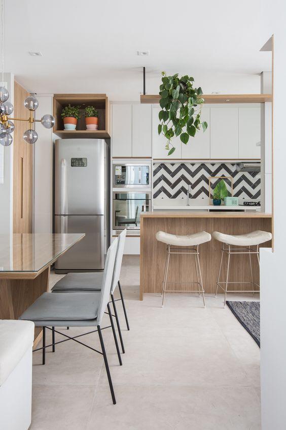 Cozinha com subway tiles
