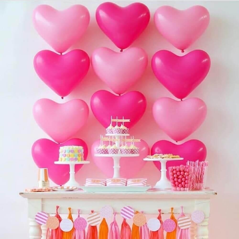 decoracao de festa infantil com balões de coração