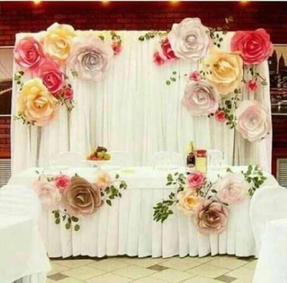 como fazer Flor de papel crepom gigantes para decorar mesa e painel em casamento