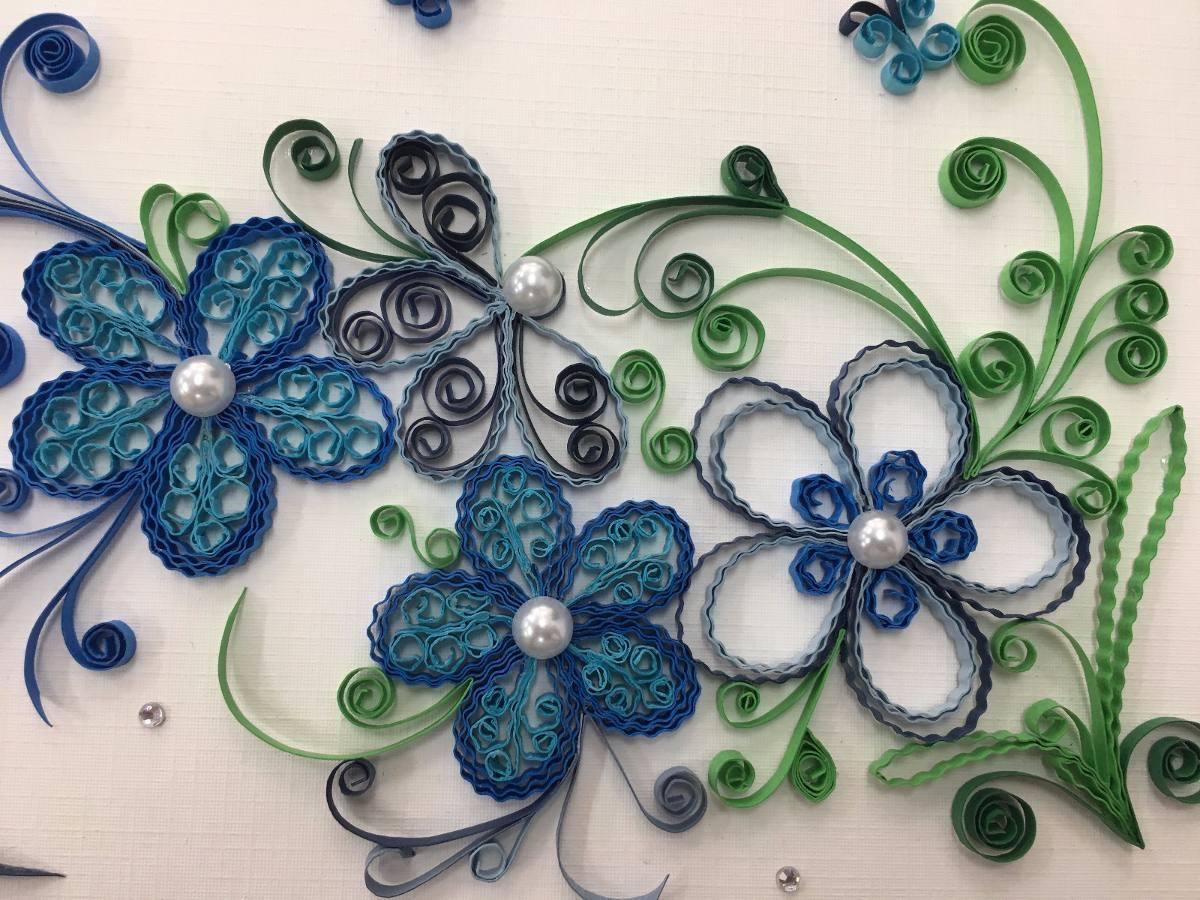 painel de flores de quilling