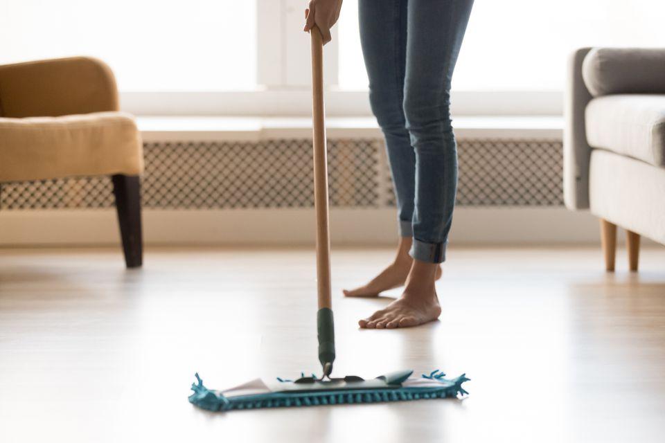 limpar piso laminado