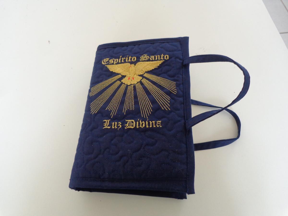 capa de bíblia com alças