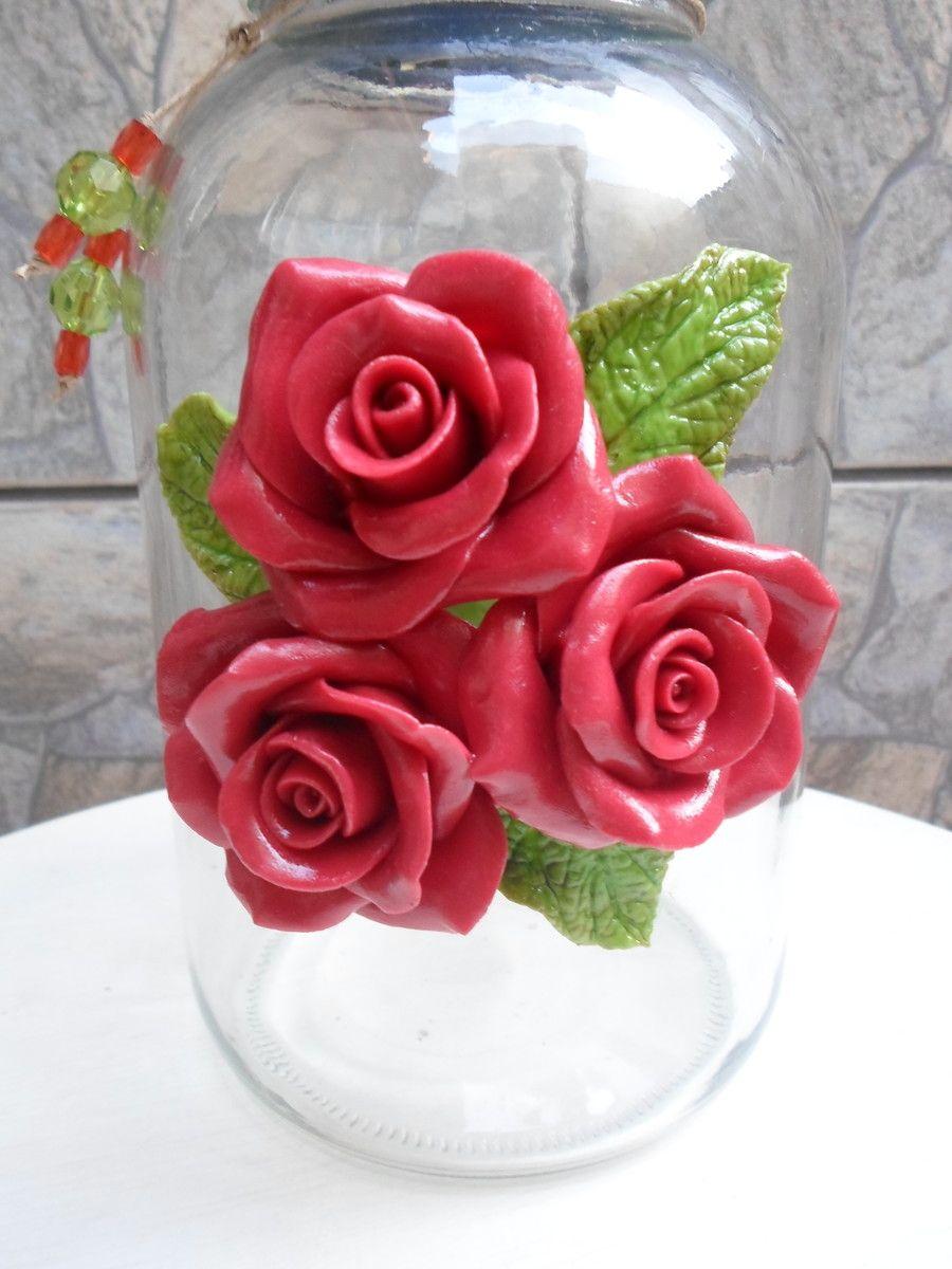 Pote com flores