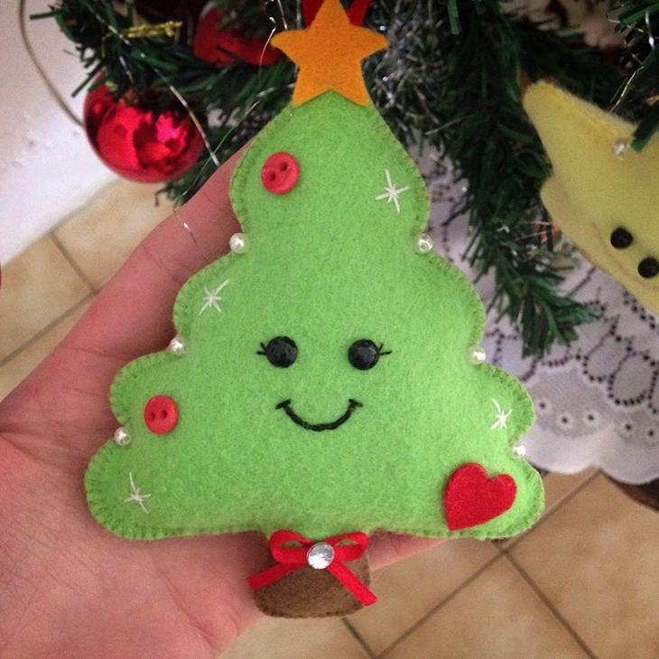 Arvore de natal sorridente