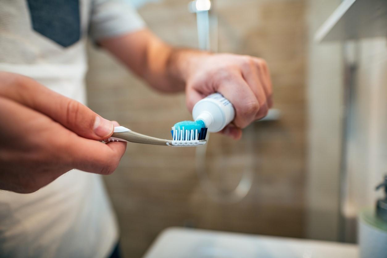 Slime com pasta de dente