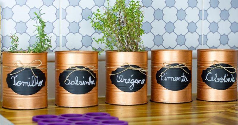 latas decoradas plantas